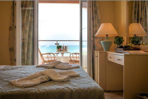 superior-sea-view-room-4